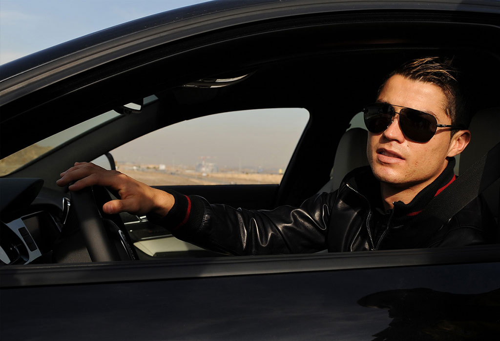 Фото парней у авто на аву