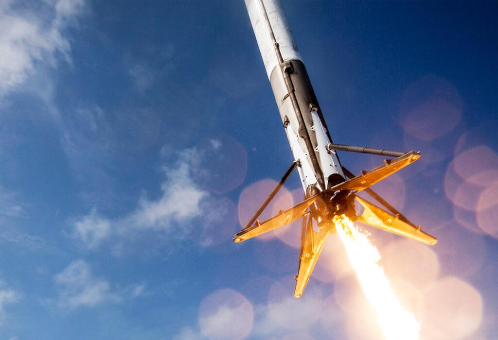 Fox: NASA отложило пилотируемые полеты кораблей SpaceX и ...